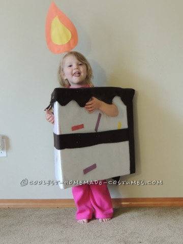 "Super Cute Last Minute ""Piece of Cake"" Toddler Costume"