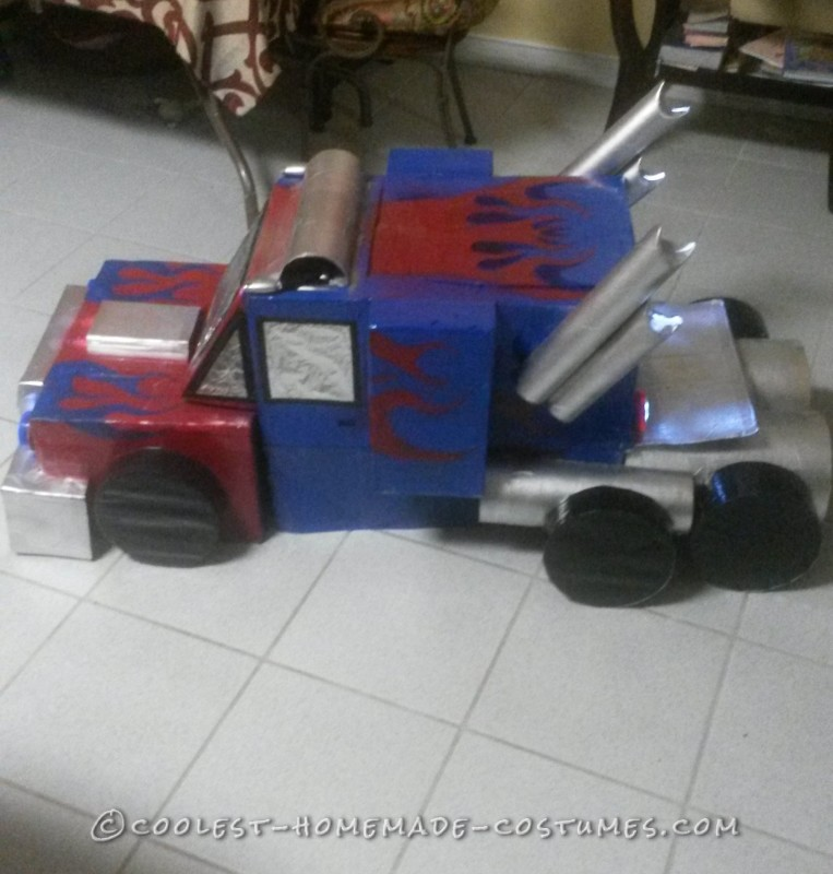 optimus prime truck form side view