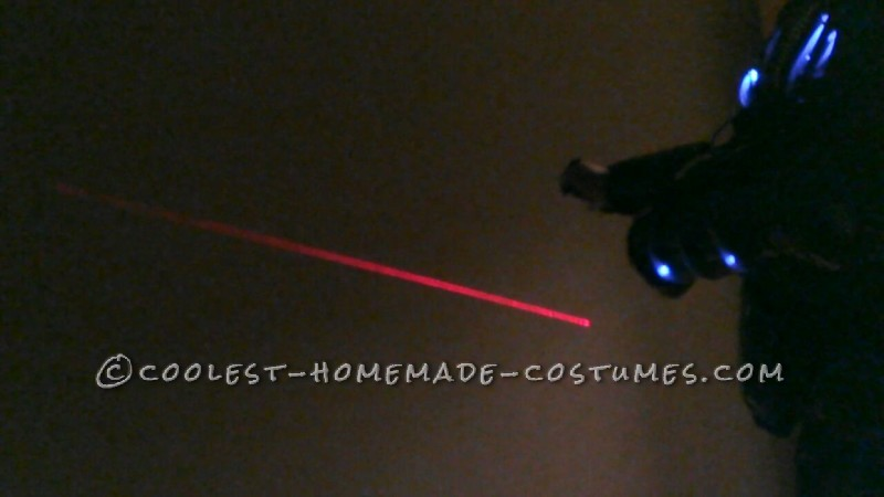 Cool DIY Alien Costume - 8