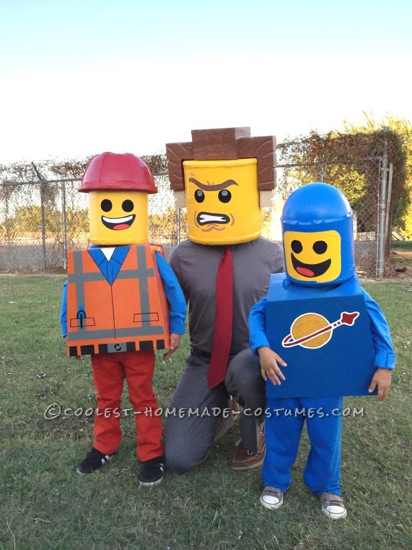Amazing Family Themed Lego Movie Costumes! - 2
