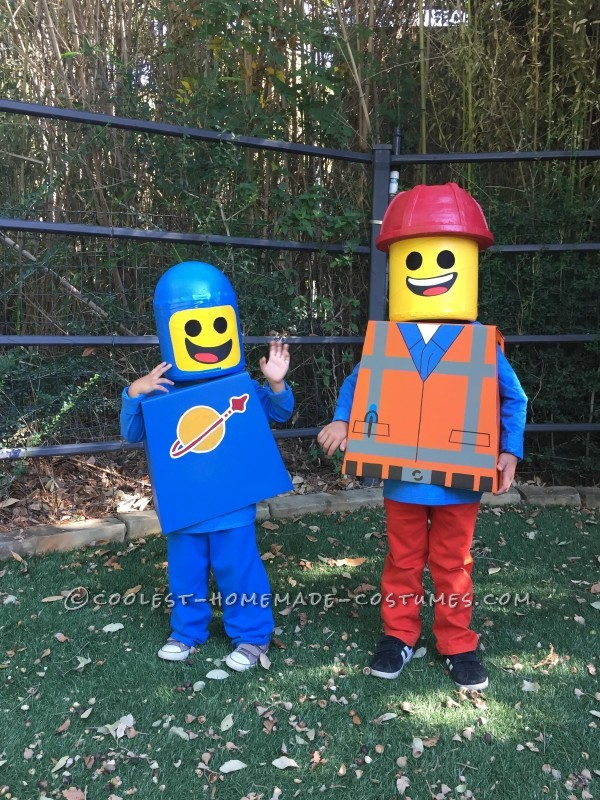 Amazing Family Themed Lego Movie Costumes! - 3