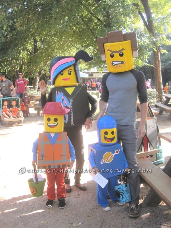 Amazing Family Themed Lego Movie Costumes! - 5