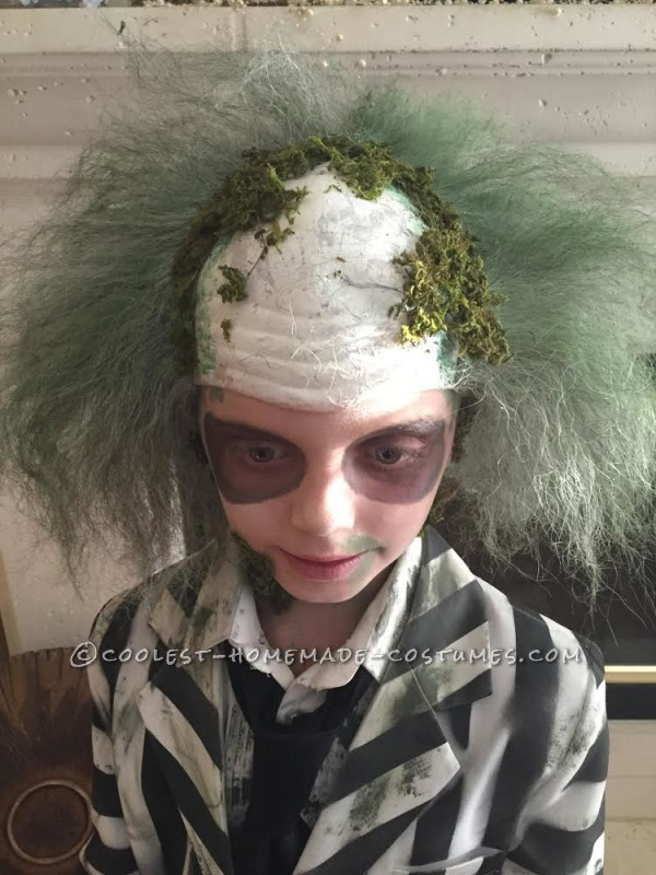 Cool Beetlejuice Costume for a Boy - 1