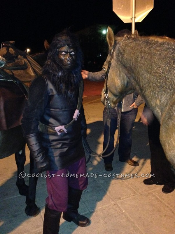 Coolest Ever DIY Planet of the Apes Couple Costume - 6