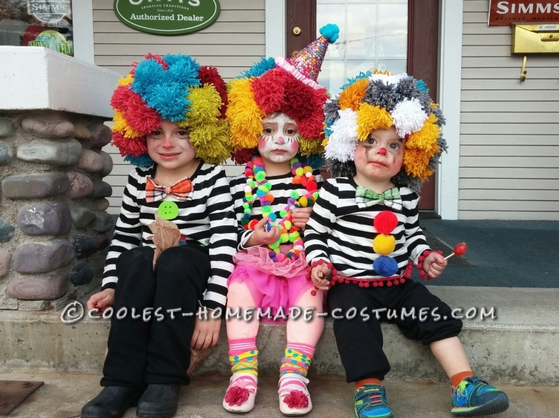 Homemade Clown and Mime Family Costumes - 1
