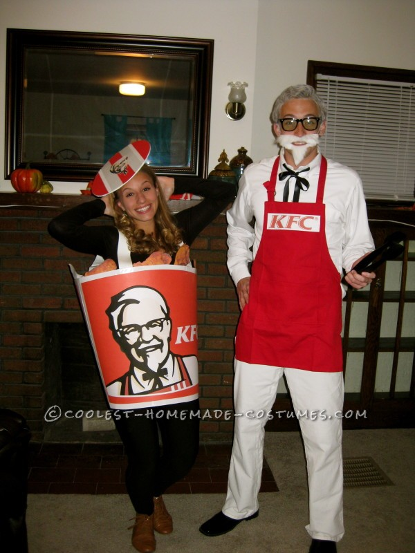 Coolest Colonel Sanders and Bucket of Fried Chicken Couples Costume - 2