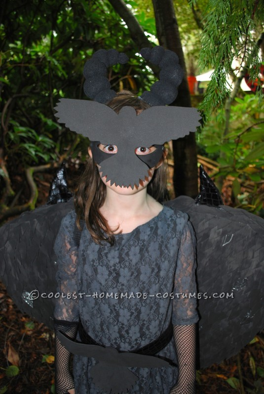 Coolest Homemade Raven Costume for a Girl - 3