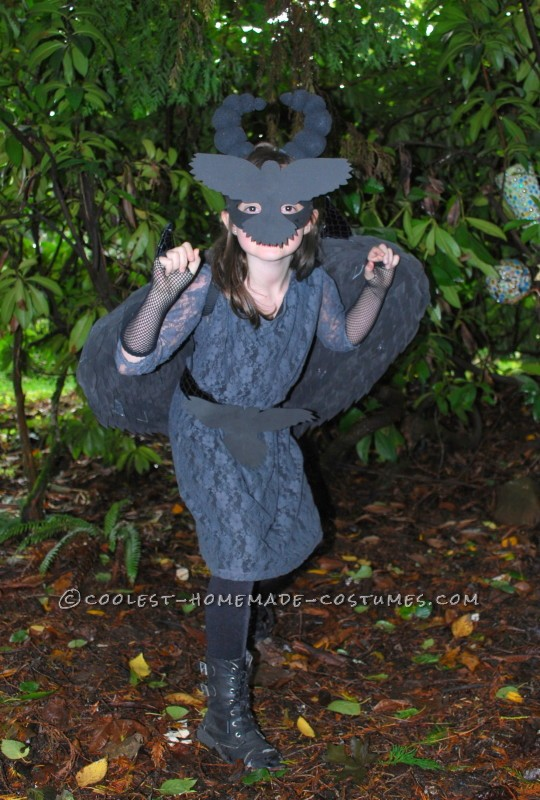 Coolest Homemade Raven Costume for a Girl