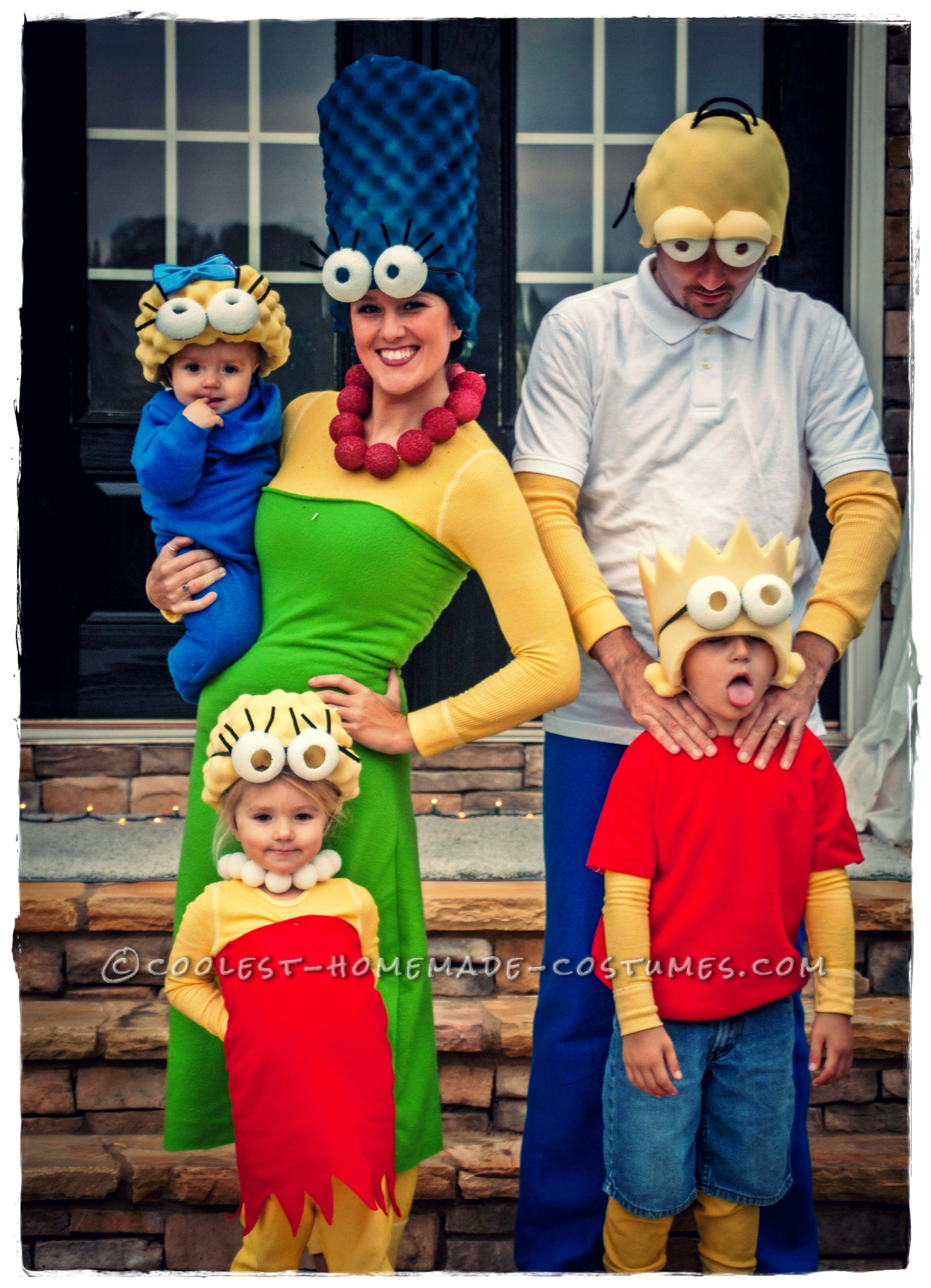 Coolest Homemade Simpsons Family Costume