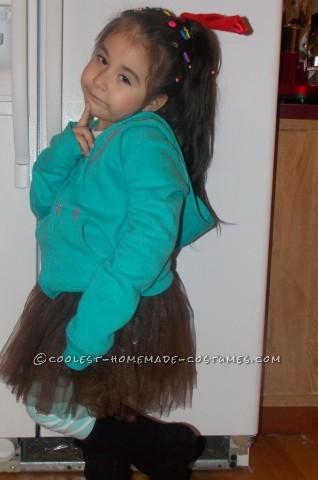 Cutest Little Girl's DIY Halloween Costume: Vanellope Von Schweetz