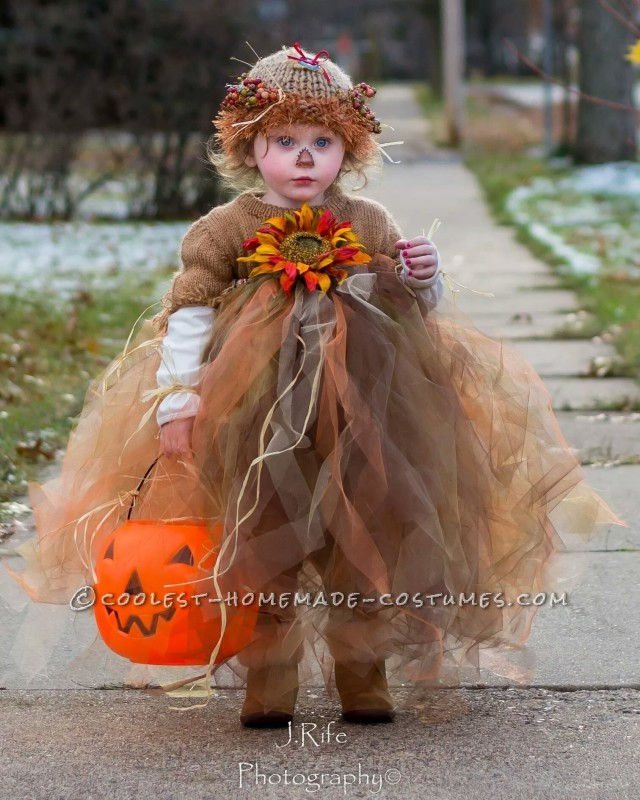 Cutest Scarecrow Costume Ever for a Toddler - 2