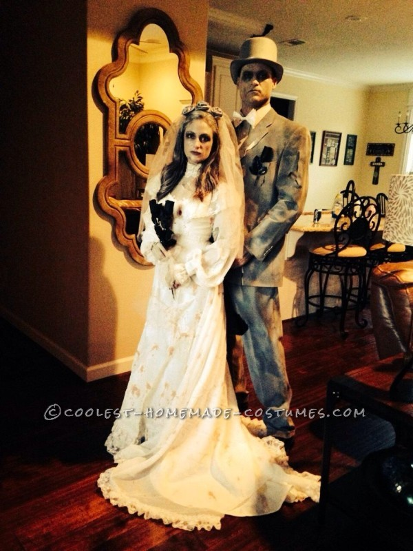 Deathly Ghost Bride And Gloom Couple Halloween Costume