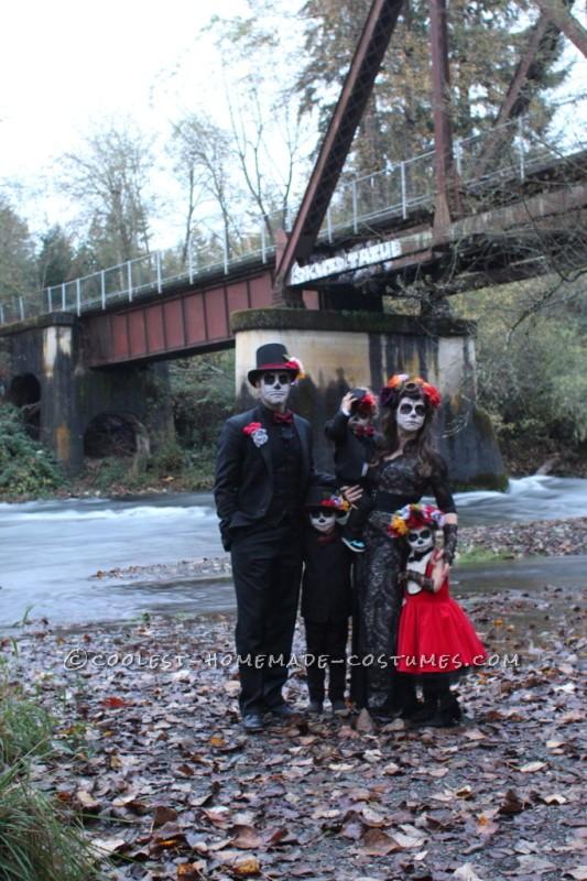 Coolest Homemade Dia de los Muertos Family Costume