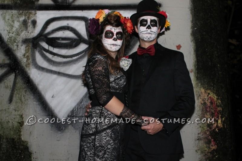 Coolest Homemade Dia de los Muertos Family Costume - 5