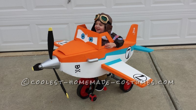 Disney Planes Dusty Crophopper Tricycle-mounted with Pilot Costume
