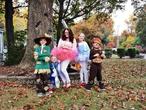 DIY Wizard Of Oz Family Costume
