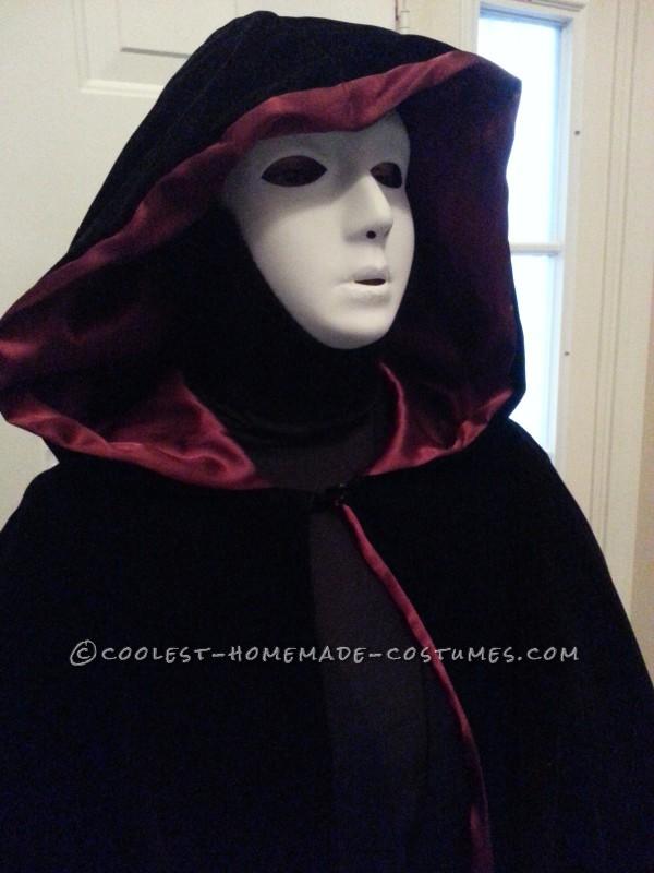 Easy Creepy Phantom Specter Costume - 2