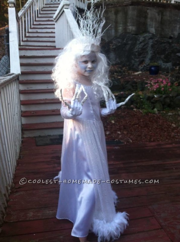 Original and Scary Ice Queen Costume for a Girl - 3