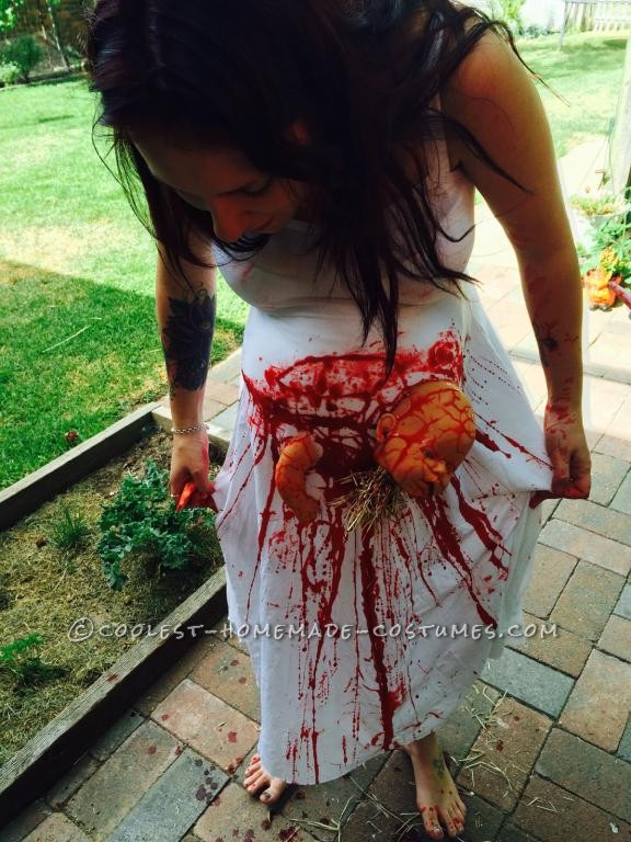 Extreme Pregnancy Costume with Extreme Baby Cramps - 4