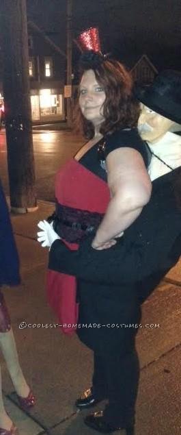 Freak Show Torso Lady Optical Illusion Costume - 1