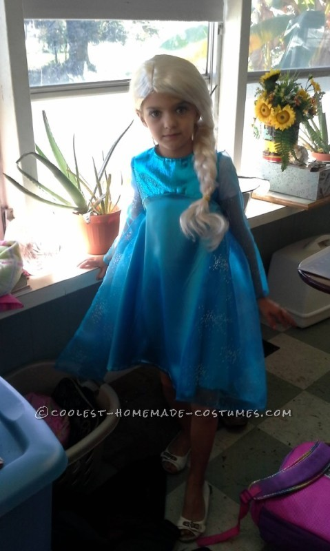 Frozen Elsa Costume That Warmed My Six Year Old - 1