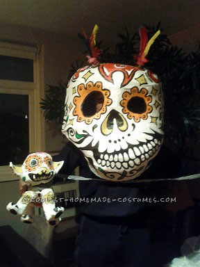 Awesome Giant Skull Heads with Poncho El Chihuahua Group Costume - 3