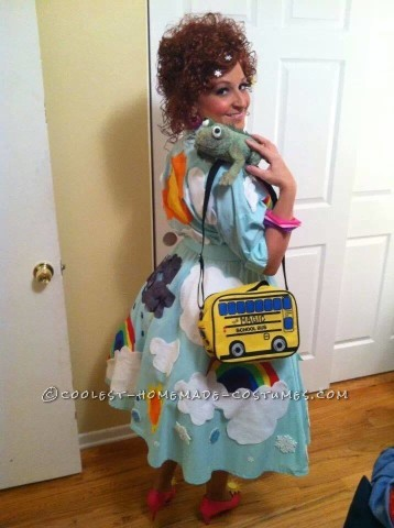 Coolest Homemade Magic School Bus Costume - Go Science!