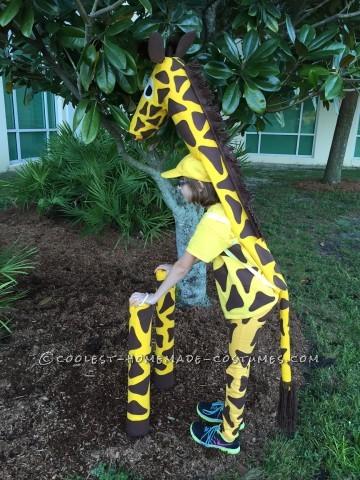 Cute No-Sew Giraffe Costume