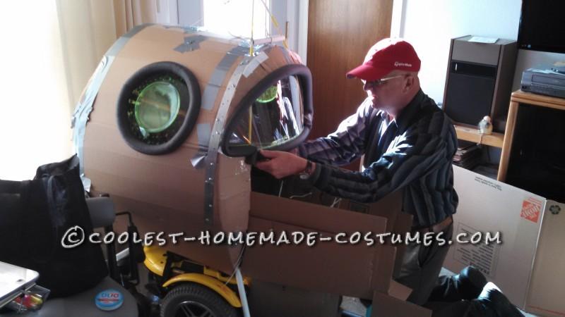 Amazing Rocket Ship Astronaut Wheelchair Costume - 6