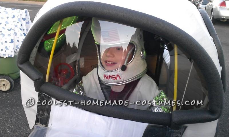 Amazing Rocket Ship Astronaut Wheelchair Costume - 2