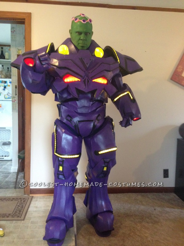 Amazing DIY Foam Armor Brainiac Costume