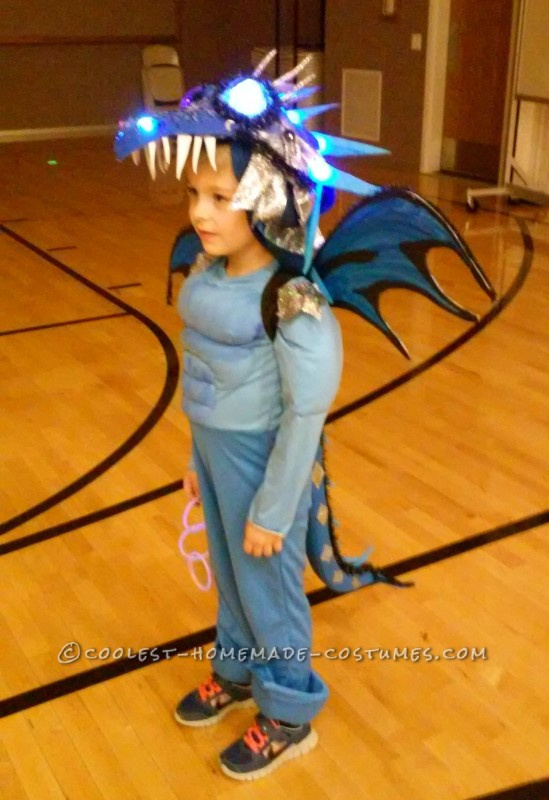 Coolest Homemade How to Train Your Dragon Costume - 4