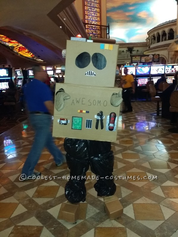Coolest South Park AWESOM-O Costume - 6