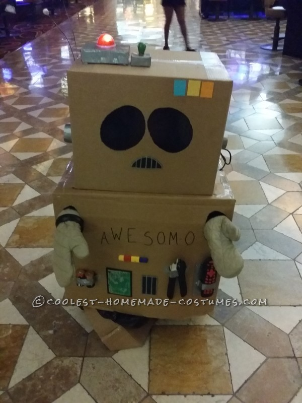 Coolest South Park AWESOM-O Costume - 7