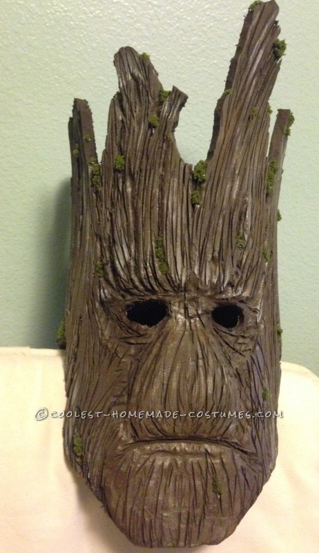 Groot's face