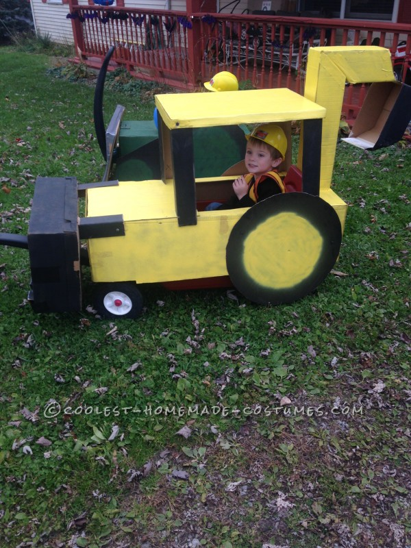 Coolest Backhoe and Bulldozer Costumes - 1