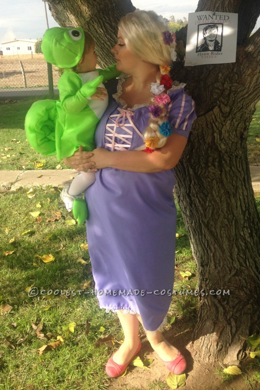 Fun Rapunzel, Pasquel and Flynn Ryder Family Costume - 1