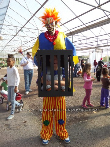 Killer Clown Captures Boy Illusion Costume