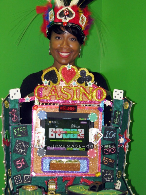 Cool Lady Luck Working Casino Costume - 1