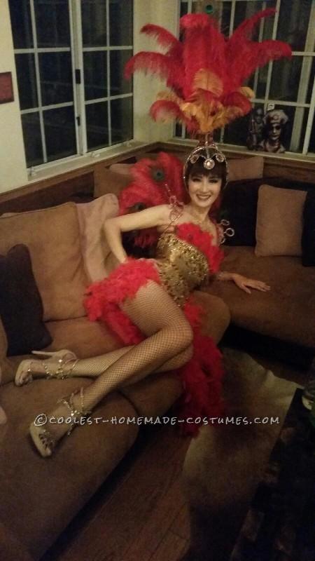 Beautiful Las Vegas Showgirl Costume - 1