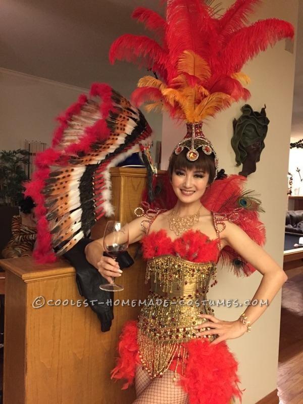 Beautiful Las Vegas Showgirl Costume - 2