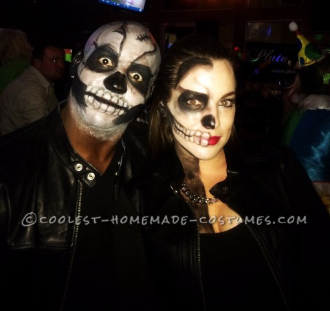 Last-Minute Skeleton Couple Costume Idea