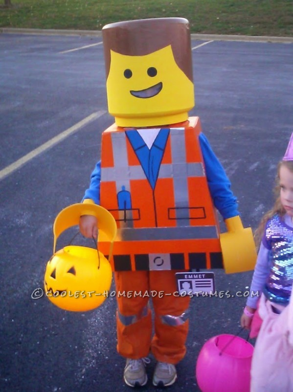 Awesome Lego Movie Emmet Costume for a Child - 2