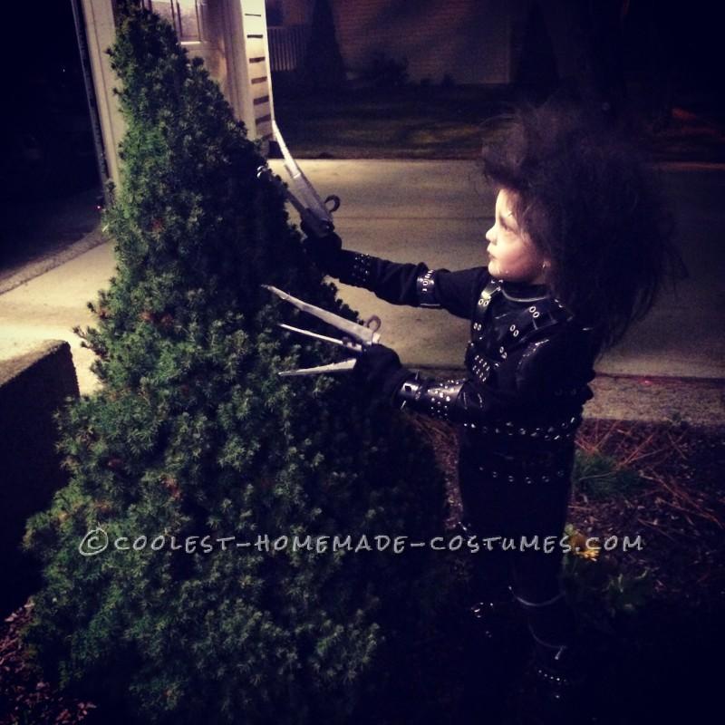 Little Edward Scissorhands Halloween Costume - 1