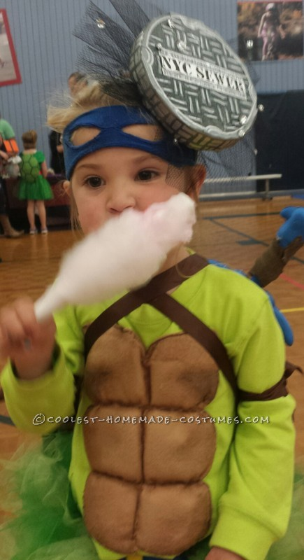 Cool Ninja Turtle Costume for a Little Girl - 1