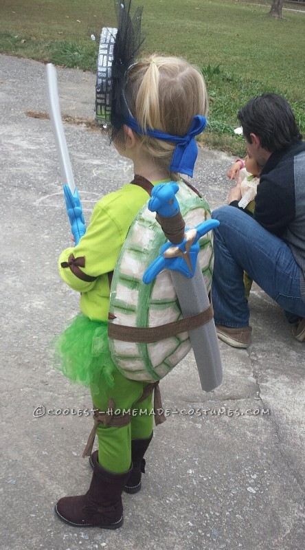 Cool Ninja Turtle Costume for a Little Girl