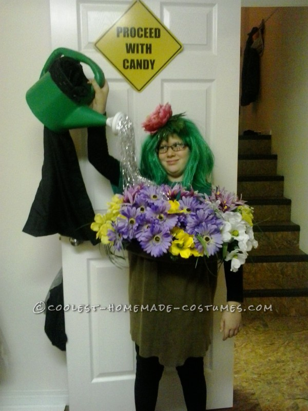 Lovely Self-Watering Flower Pot Costume