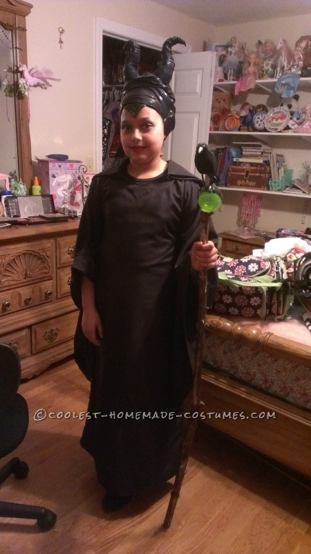 Homemade Maleficent Costume for a Child - 1