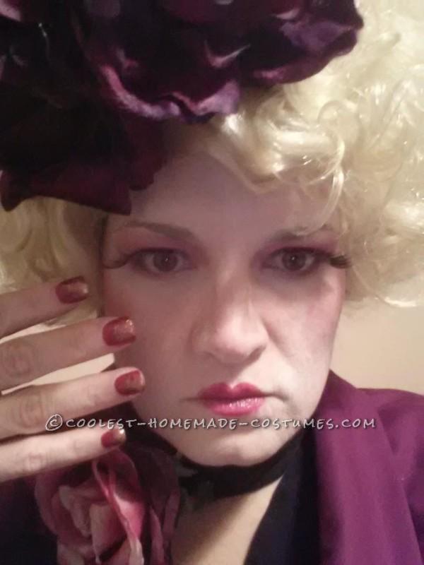 Coolest Hunger Games Effie Trinket Costume - 1