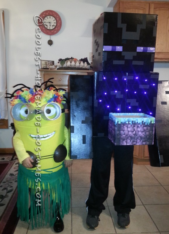 Enderman with his Minion Sister
